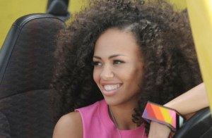 ELLE VARNER (AMAZING SONGSTRESS AND ABSOLUTE HAIR CRUSH)
