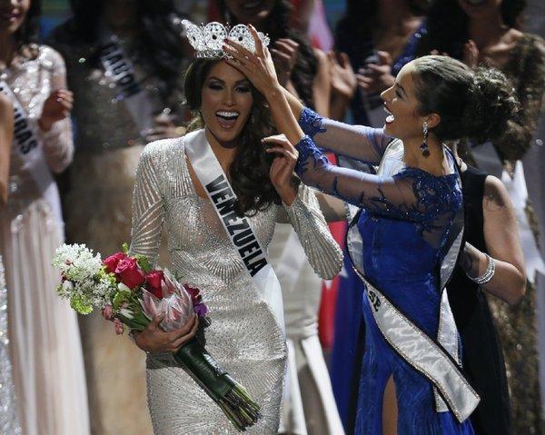 la-sh-miss-universe-winner-miss-venezuela-gabr-001