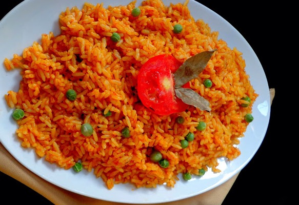 Nigerian food recipe spicy jollof rice viviannes blog jollof rice is the most popular rice recipe in nigeria it is also a big party favorite served at almost every wedding birthday housewarming forumfinder Gallery